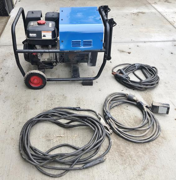 Miller Blue Star AC/DC 180 Amp Welder, 6000W Generator, 60' Leads, 40' Cord to Run Generator, Like New, Runs Very Well, NOTE:  Video loaded for this item!