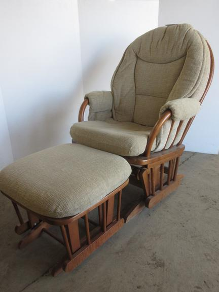 Glider/Rocker with Ottoman