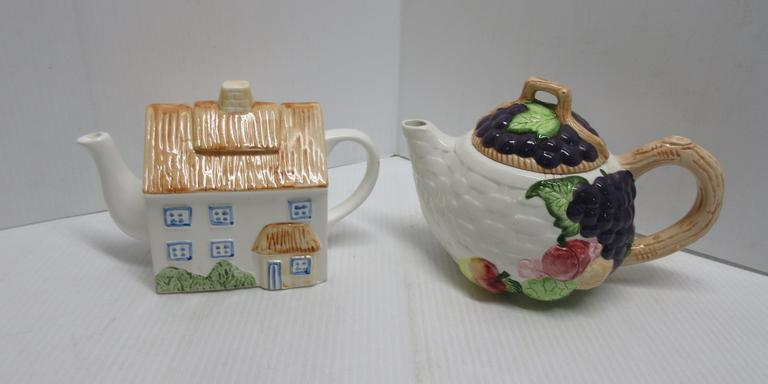 1994 CKAO Fruit Teapot and House Teapot