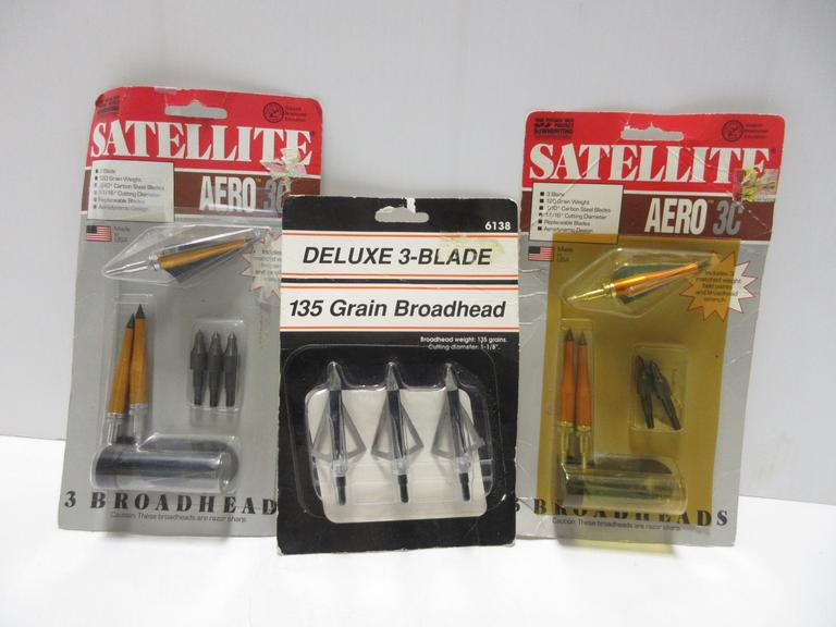 #29 Lot Of Broadheads 135 Grain Arrows & Parts