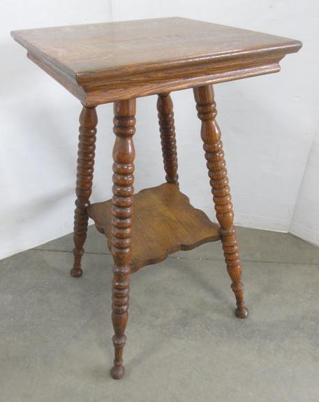 Older Oak Parlor Table