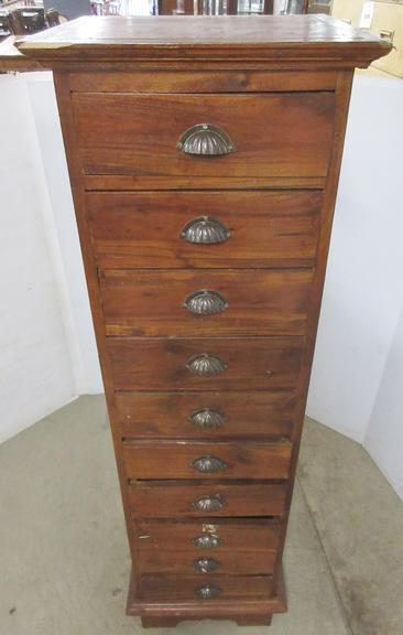 Solid Wood 10-Drawer Dresser
