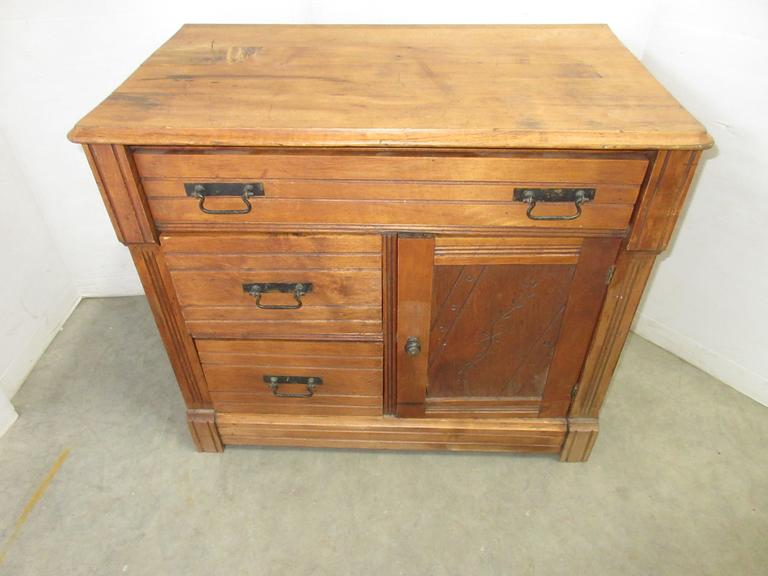 Antique Oak Washstand with Three Drawers, One Door is Spoon Carved, Original Hardware