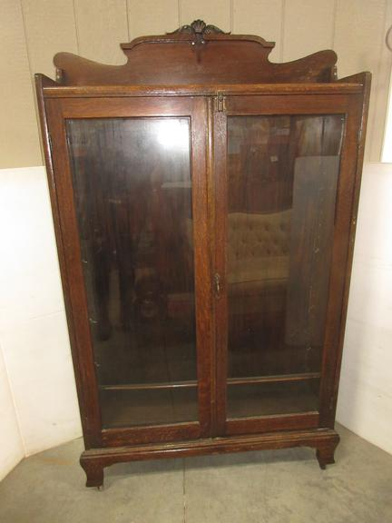 Antique Display Cabinet with Four Shelves