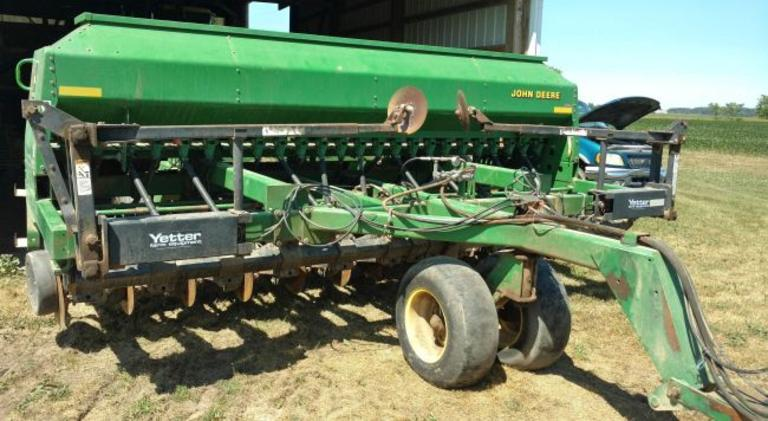 "John Deere 1560 No-Till Planter, 24 Hole with 7"" Spacing, with Yetter Markers, Good Condition, Works Great"
