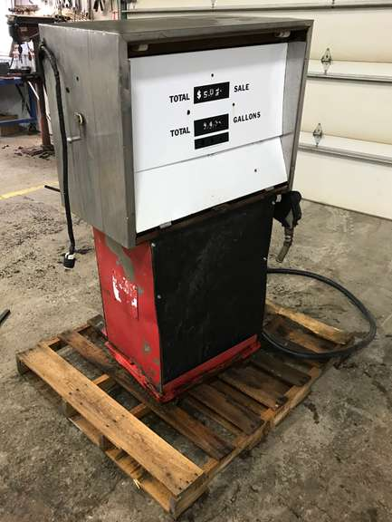 Fuel Pump with Auto Shut-Off, Used, Works Well