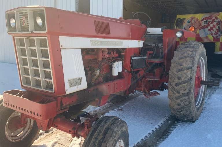 International Harvester 966 Tractor, New Batteries