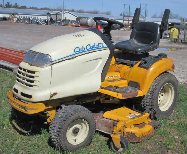 Albrecht Auctions | Cub Cadet 3235 Mower with 54