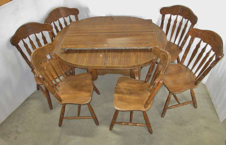 Dining Table with (6) Chairs