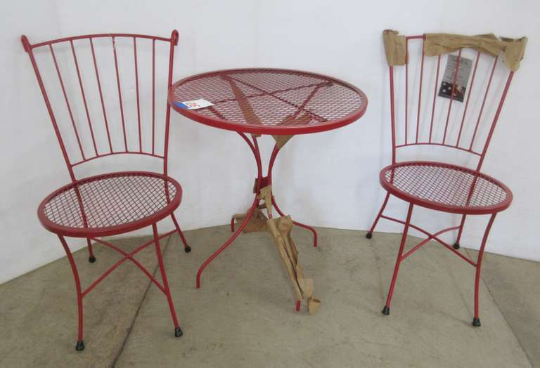Red Bistro Set Table and (2) Chairs, Red Metal