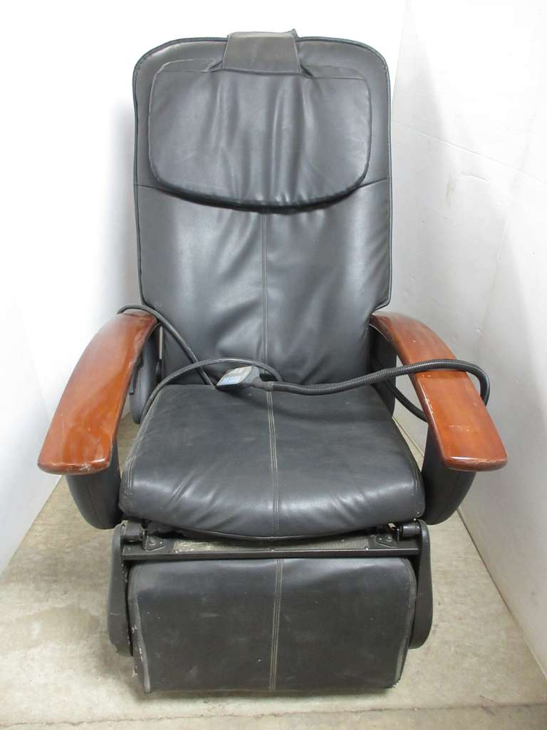 Power Controlled Massage Chair with Calf and Foot Massage