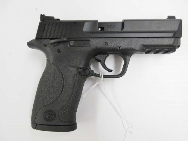 Smith & Wesson M&P .22 Compact LR, 10-Shot, Includes (2) Magazines and Owner's Manual