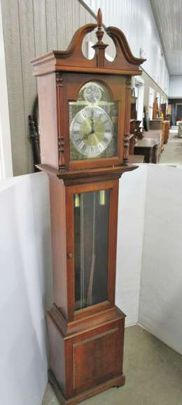 Howard Miller Grandmother Clock
