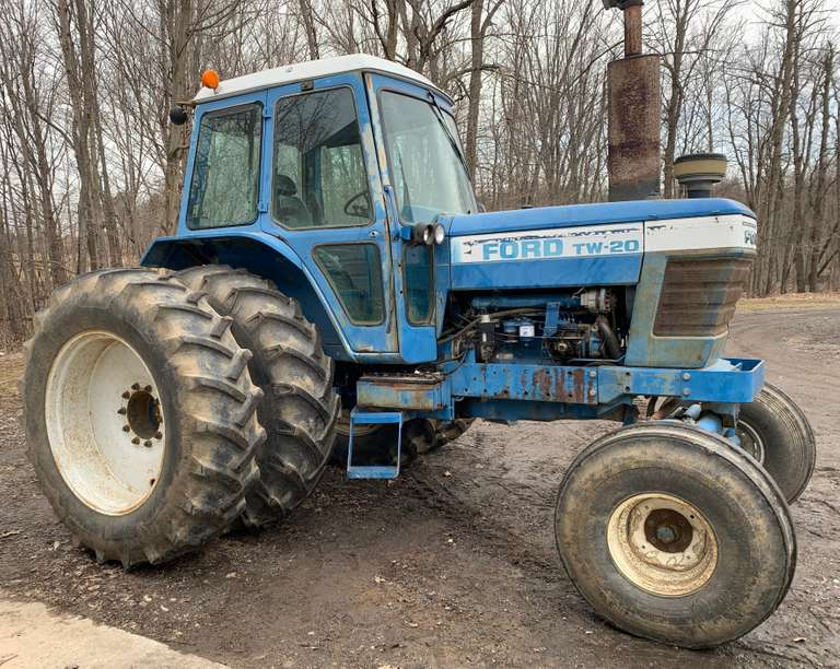 Albrecht Auctions | Ford TW-20 Tractor, 135 HP, 540/1000 PTO