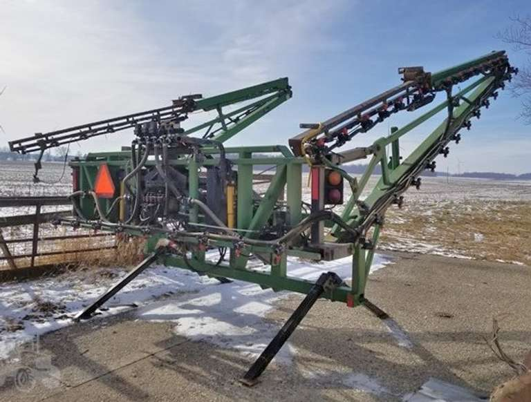 Fast 743P 90' Sprayer, 3-Point Hitch, New Pump, Good Condition