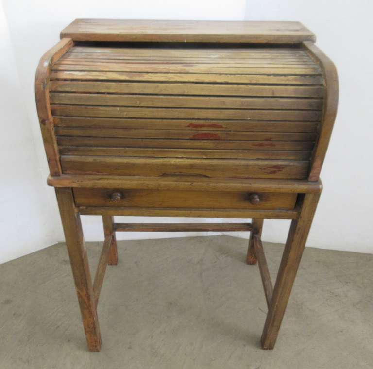 Older Small Roll Top Desk with Drawer