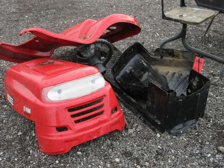 Albrecht Auctions   Huskee LT4200 Lawn Tractor Parts