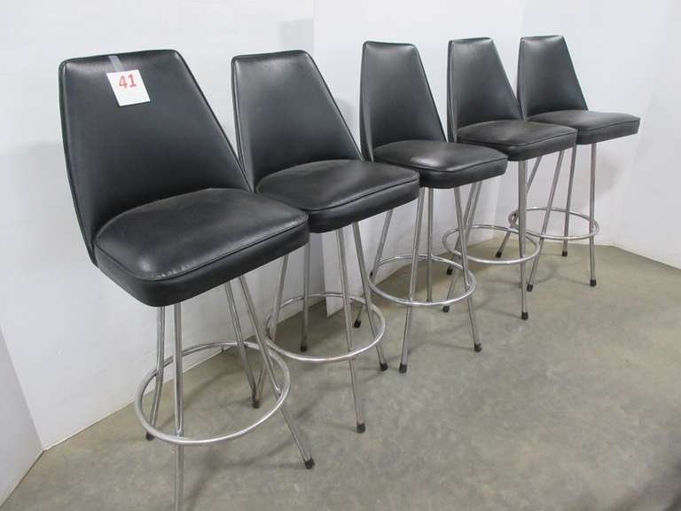 (5) Black Swivel Bar Stools