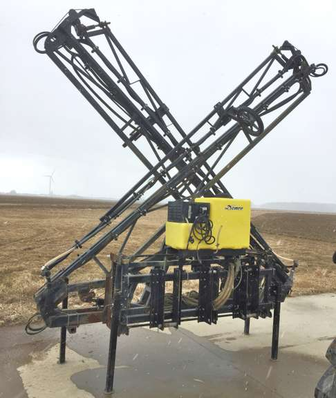 "Demco 60' Sprayer Boom, 3-Point Hitch, 15"" Spacing with Foam Markers, Bought New in 2014"