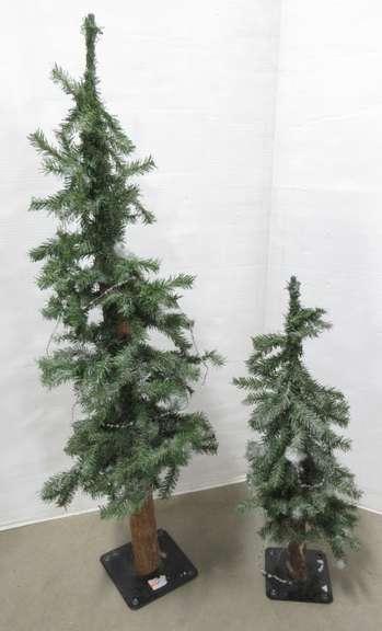 Albrecht Auctions 2 Decorative Artificial Pine Trees