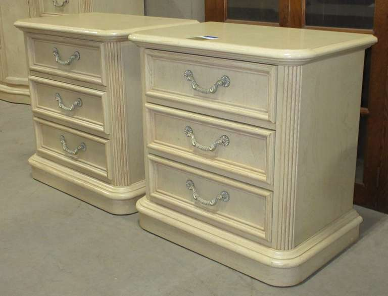 Stanley Furniture Bedroom Nightstands with Three Drawers, Matches Lot Nos. 1, 2, and 3