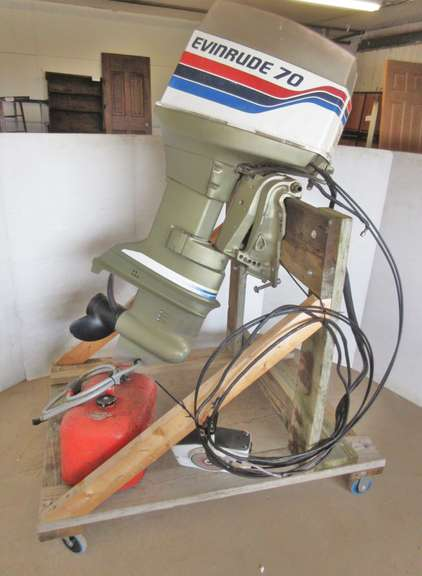 Albrecht Auctions | 70 HP Evinrude Outboard Motor, Model No