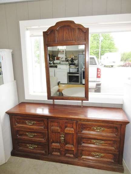 Solid Wood with Pine Veneer Nine-Drawer Dresser with Matching Mirror, Includes Brackets for Mirror, Just Slides In