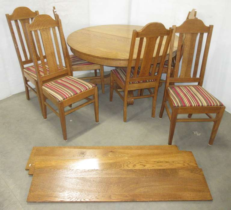 Wood Table, (6) Chairs, and (4) Leaves