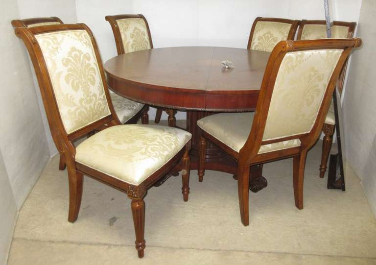 Ethan Allen Townhouse Collection Table, Chairs, and Leaf, Matches Lot No. 5