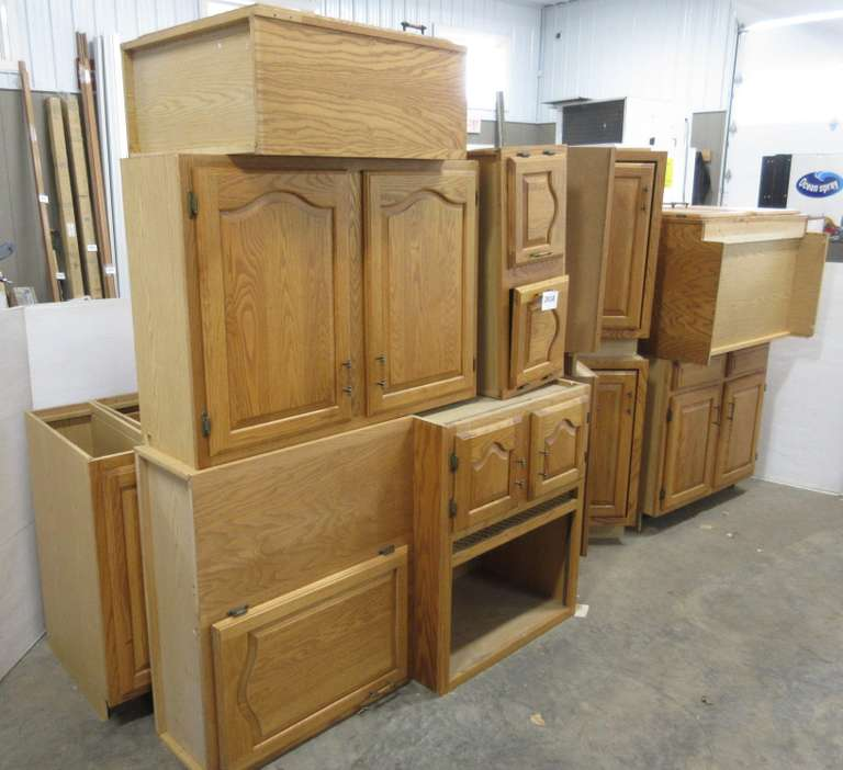 Albrecht Auctions | Kitchen Cabinets, Include: Base ...