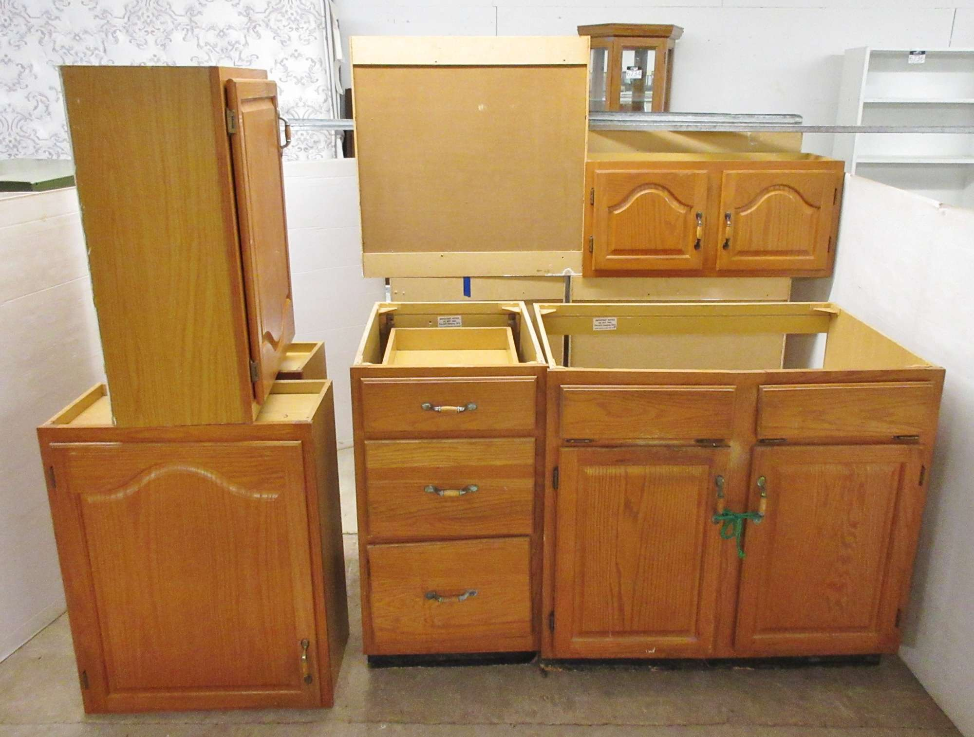 Kitchen Cabinets Auctions