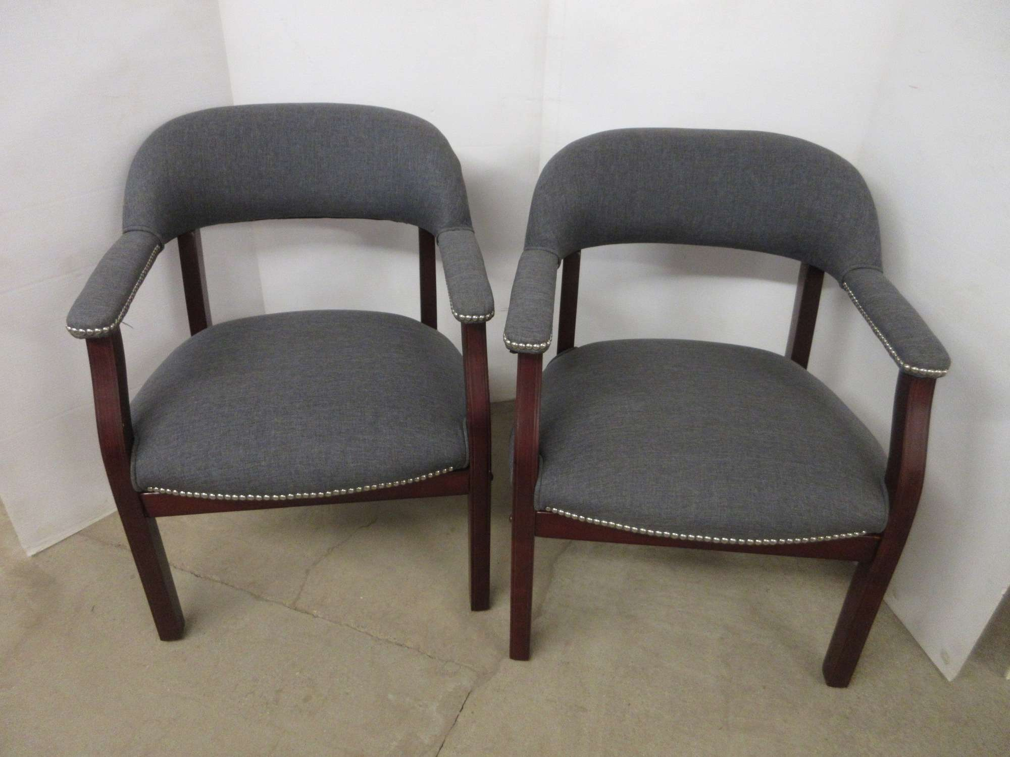 Albrecht Auctions | (2) Deluxe Office Chairs