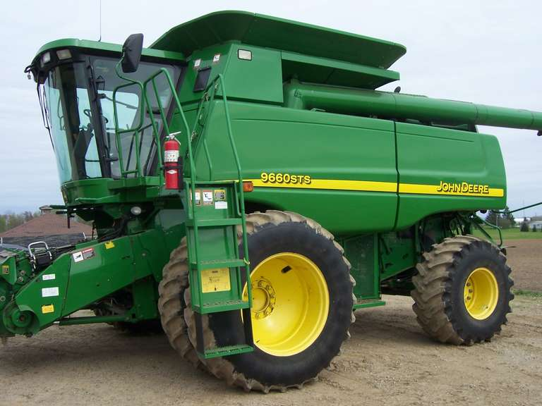 2005 John Deere 9660 4WD Combine, Excellent Condition