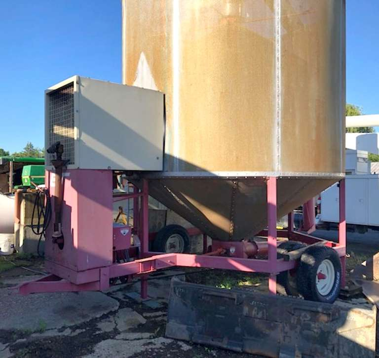 GT 500-Bushel Grain Dryer, All New Lower Auger and Bottom, Works Great
