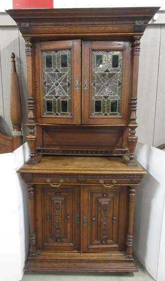 Hand Carved Solid Oak Hutch, Immaculate Craftsmanship with Lots of Attention to Detail, Has Stained Glass Doors