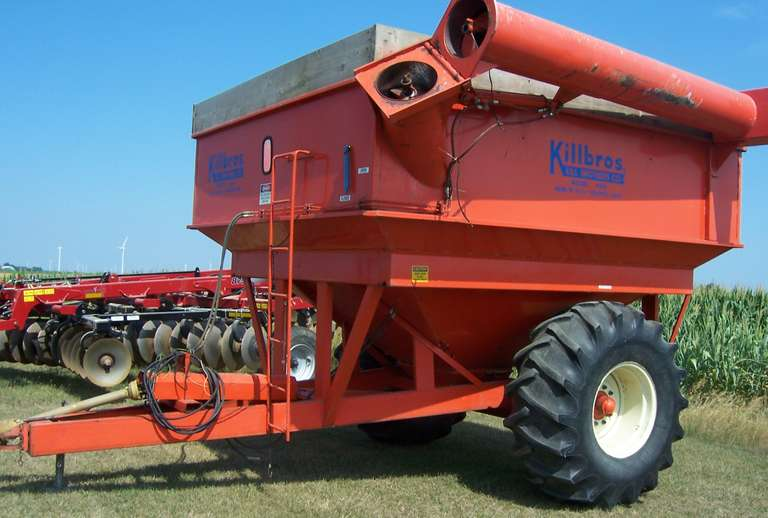 Killbros 490 Grain Cart, Corner Auger