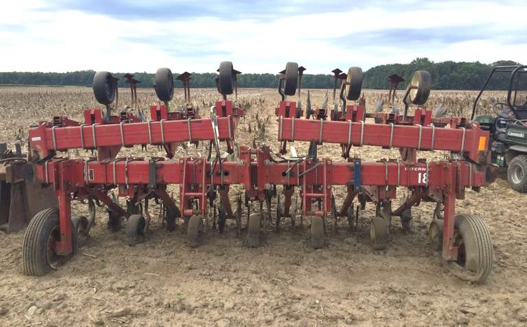"International Harvester 12-22"" Row Spacing with Orthman Disk"