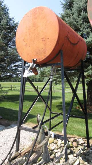 300-Gallon Diesel Tank with Stand, New Hose Nozzle, Filter and Housing