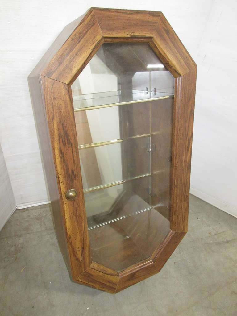Woodgrain Wall Hanging Display Case