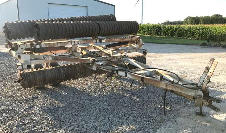 "Dunham Lehr 36' Packer, SN:  017385, 18"" Wheels"