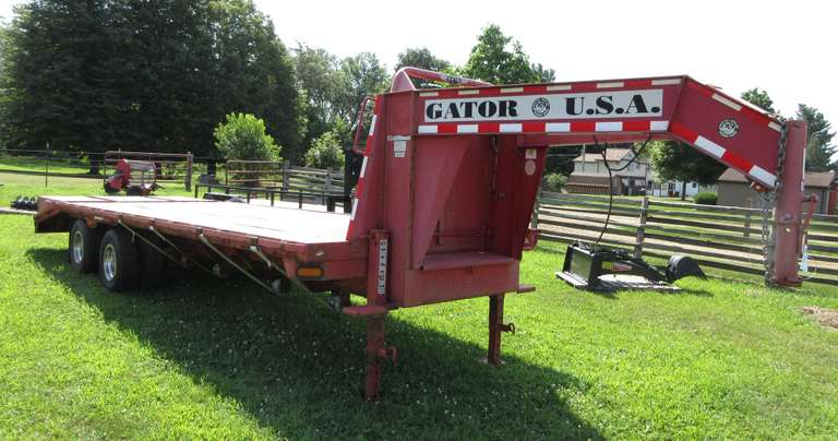 Gator USA 2008 Gooseneck Trailer with Dovetail Bed, Fold Up Ramps, Dual 12,000 lb. Jacks, Tandem Axel, 10,000 lbs., Dual Wheels, GVW 10206, Cargo 16580