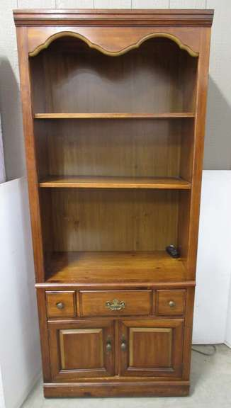 Cabinet with Two Shelves