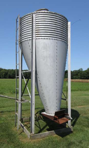 Corn/Grain Bin, Base- 5' x 5', Approx. 14'H, To be Removed by Buyer