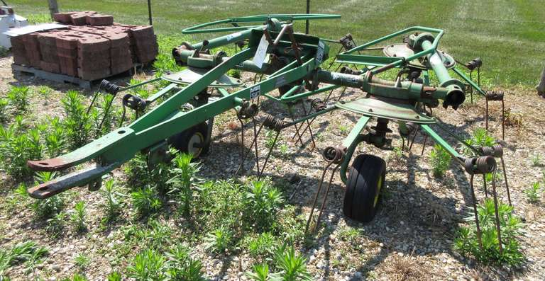 John Deere 752 Hay Tedder, For Parts