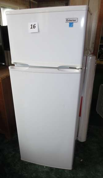 "2015 Criterion Apartment Size Refrigerator/Freezer, Model CTMR73A1W, 22 1/2""W x 22""D x 55""H, Works"