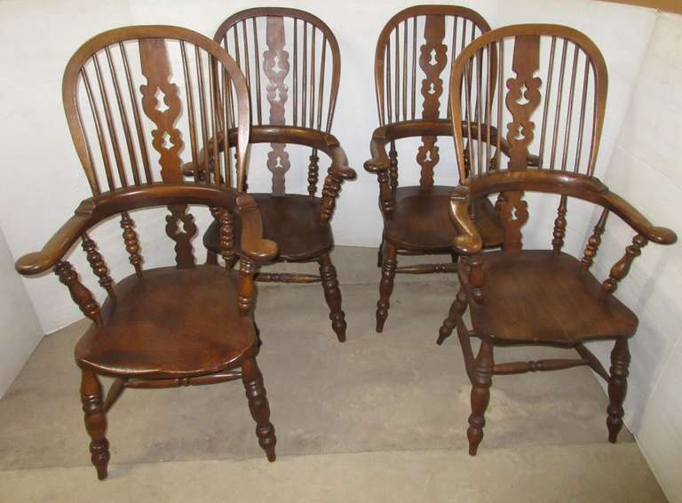 (4) Windsor Back Chairs