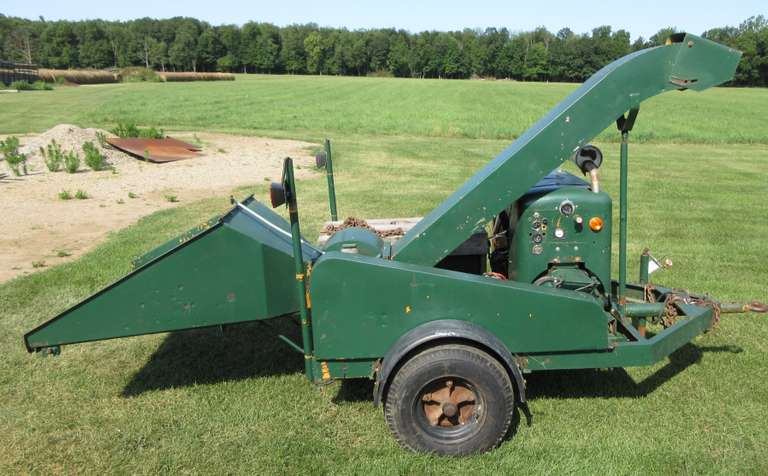 Wood  Chipper with 6-Cylinder Straight Ford, New Transmission, New Radiator, New Blades, Completely Redone, Excellent Working Condition