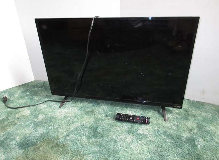 "Vizio 32"" TV, Model E32-C1, Not Hooked Up but Assumed to be Working"