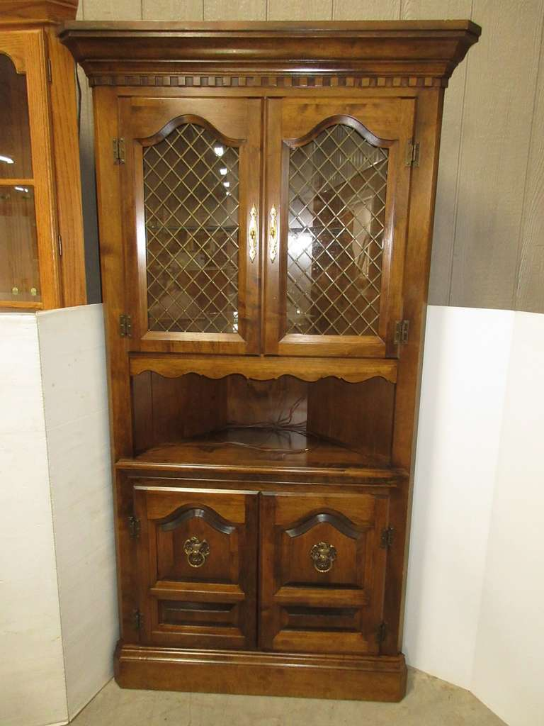 Hardwood Corner Lighted Cabinet with Glass Shelf, Two Sets of Cabinet Doors, and Two Shelves