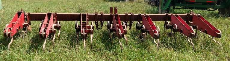 White 6-Row Cultivator, Nice